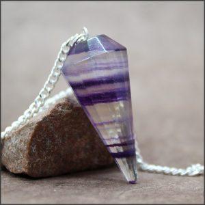 Pendule en fluorite violette