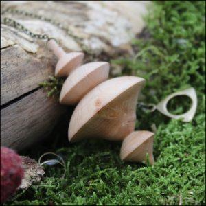 Pendule en bois d'aulne